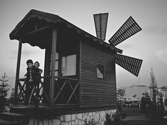 home (cansu kzlta http://websta.me/n/cansukiziltas) Tags: street people blackandwhite photography child