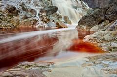 Colores del Tinto. (Francisco J. Prez.) Tags: red naturaleza nature spain rojo pentax riotinto huelva paisaje panoramica sigma1020mm minasderiotinto franciscojprez