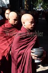 30099736 (wolfgangkaehler) Tags: 2017 asia asian southeastasia myanmar burma burmese mandalay mahagandayonmonastery mahagandayonmonastary people person monks buddhist buddhistmonasteries buddhistmonastery buddhistmonk buddhistmonks almsceremony almsbowls meal