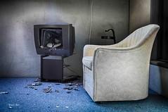 watching TV (Enri-Art) Tags: lostplace vergänglich verlassen irgendwo abandoned verfall deutschland villa wellness spabereich relaxen relax pool