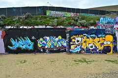 AE SHMONE SANK (Di's Free Range Fotos) Tags: uk graffiti brighton character cartoon homer thesimpsons homersimpson blackrock sank