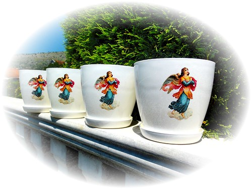 Flower pots. Victorian angels