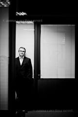 Mundo executivo. (ACNegri) Tags: portrait people bw pessoas retrato pb business executive executivo