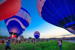 Hot air balloon launch at Mansfield Dam (Moogul) Tags: austin tokina hotairballoon mansfielddam 1116mm tokina1116mmf28 canoneos5dmarkiii 5dmarkiii 5dmark3