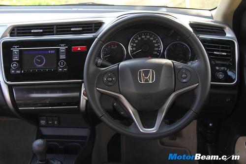 2014-Honda-City-47