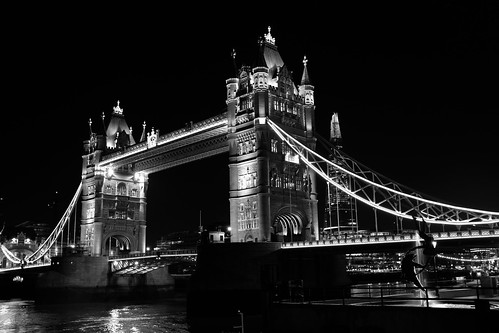 Tower Bridge with FujiFilm ©  Still ePsiLoN