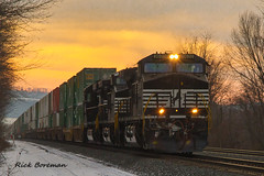 NS 9630 (RBs pics) Tags: trees sunset sky usa snow america train outdoors photography eos lights twilight pennsylvania pa norfolksouthern canon7d