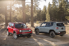 2015 Jeep Renegade Latitude and Trailhawk Models (FCA: Corporate) Tags: jeep 4x4 suv 2015jeeprenegade jeeprenegade