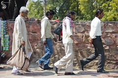 Walking in all Humility (Shikher Singh) Tags: bag walking delhi walkway pedestrians footpath walkers pyjama kurta strolling mehrauli greyhaired commonman gamcha shikhersimagery