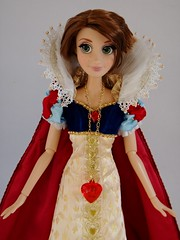 My Wedding Rapunzel LE 17'' Doll in LE Snow White's Outfit - Standing - Midrange Front View (drj1828) Tags: wedding doll snowwhite rapunzel purchase limitededition outfits disneystore 17inch swapping snowwhiteandthesevendwarfs tangledeverafter