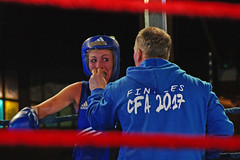 Magic Mirrors Le Havre... Boxe féminine (Portocéan) Tags: boxe sport sportdecombat ring ffb lehavre magicmirrors normandie boxenormande seinemaritime aminazidani vastine fourmetot dontpanikteam soigneurs coin franceo