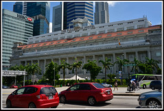 The Fullerton Hotel (Samsul Adam) Tags: park one hotel singapore place district central icon business esplanade cbd fullerton merlion raffles onefullerton thefullertonhotel