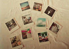 81/365. ~ Seoul (kauana-) Tags: pictures home beautiful project polaroid photography bed bedroom nikon photos postcard korea dreaming oneday seoul postcards athome polaroids 365 southkorea day81 81 onmybed sonhando coreia project365 coreiadosul fromseoul nikond3100