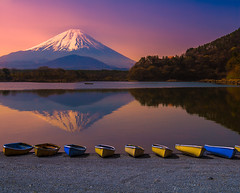 Japanese Tranquility (NatashaP) Tags: morning lake mountains reflection japan sunrise landscape boats dawn  shoji fujigoko  shojiko mtfujifuji nikkor2470mm nikond800