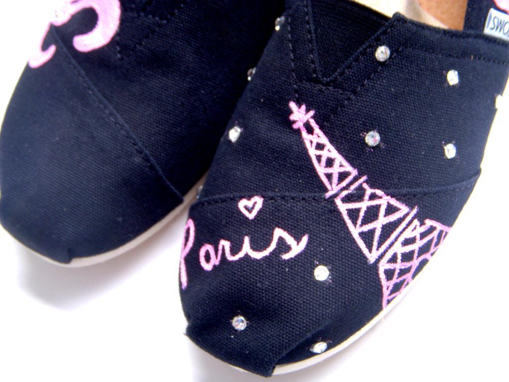 9fda4cf4044 DSCN4933 (fruitfulfeet) Tags  ariel fashion shoes sebastian disneyland  hellokitty disney superman toms littlemermaid