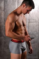 Nate 067 (Violentz) Tags: shirtless portrait man male guy model nate torso bodybuilder beefcake physique physiquemodel