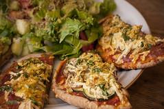 Vegetarian Pizza Recipe :) (Proleshi) Tags: food cheese recipe lunch salad vegan nikon comida 50mm14 pizza queso health vegetarian lime ensalada lechuga tastey d300s proleshi jamalejosephs