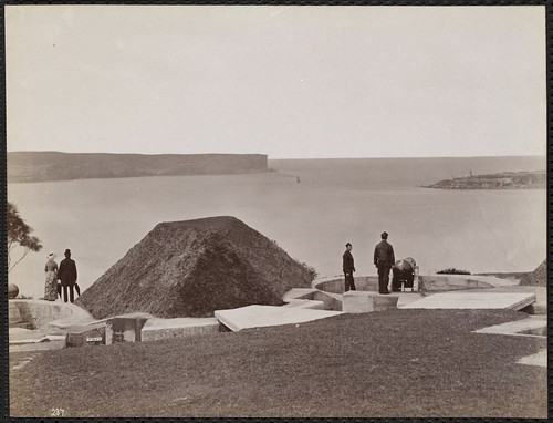 Battery on Middle Head, New South Wales / Charles Bayliss