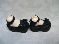 BJD Doll Shoe KW020S- side view - Kaye Wiggs -msd (5.7cmx2.7) (Kim Zentner) Tags: pink shoes doll handmade grapefruit kaye wiggs pinkgrapefruit dollshoes dollstown dollshe iplehouse kayewiggs nov6a