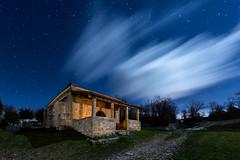 Luz Divina (Explore) (raul_lg) Tags: sky lightpainting bulb night clouds canon stars noche sombra viento cielo nubes estrellas nocturna ermita fuga linterna mark3 largaexposicion raullopez canon1635 canon5dmarkiii raullg