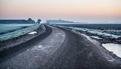 _DSC5515.jpg (Ingeborg Ruyken) Tags: road morning autumn sky mist ice fog sunrise dawn haze nevel flickr frost december farm herfst freezing lucht polder ochtend weg facebook ijs boerderij vorst zonsopkomst kruisstraat natuurfotografie vriezen 2013 catsunriselandscape empelsehoefweg