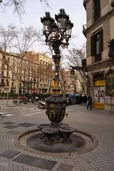 FONT CANALETES GRAN VIA DE LES CORTS CATALANES  - CARRER PAU CLARIS (Yeagov_Cat) Tags: barcelona font catalunya fontdecanaletes granviadelescortscatalanes carrerpauclaris fontpública