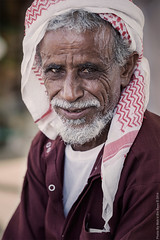 Eyes #1 (Moh'd Bin Essa) Tags: old men america canon flickr dubai arabia middle qatar ksa kuw moohaa3