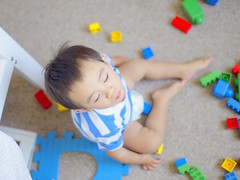 (Spectra Colours Photography) Tags: boy baby playing kids child play lego pentax joshua eyesclosed k5 closedeyes 30mm 30mmf14 sigma30mmf14dcex jameswu pentaxfa50mmf14 joshuawu spectracolours k5ii pentaxk5ii spectraandcolours james458