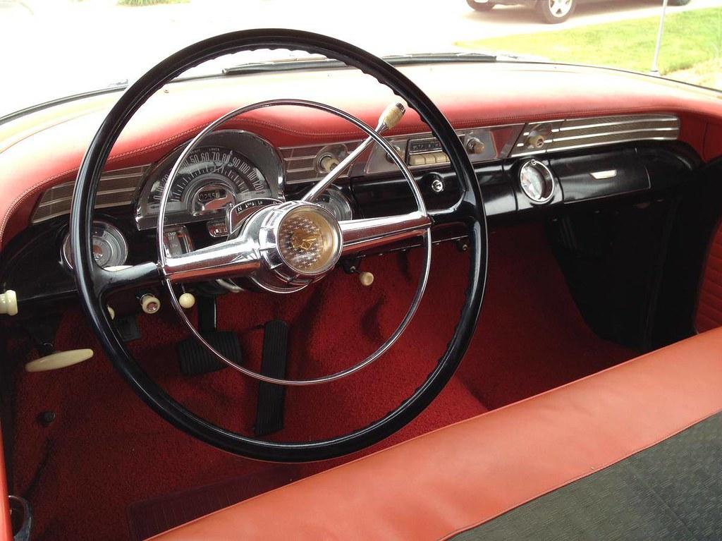 The world 39 s best photos of 870 and pontiac flickr hive mind for 1956 pontiac 4 door hardtop