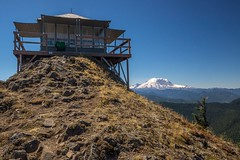 Kelly Butte Lookout (writing with light 2422 (Not Pro)) Tags: mountrainier washingtonstate sigma1020mmlens kellybuttelookout sonya77 richborder