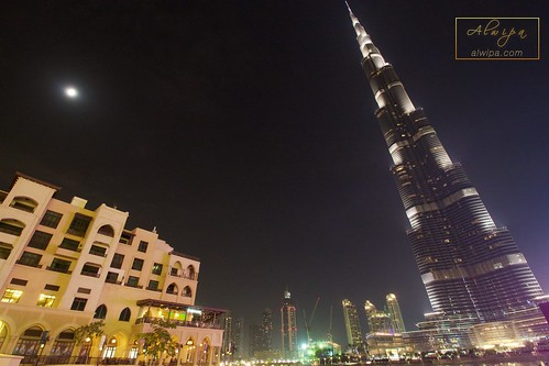 "Burj Khalifa • <a style=""font-size:0.8em;"" href=""http://www.flickr.com/photos/104879414@N07/20043584148/"" target=""_blank"">View on Flickr</a>"
