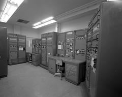Atlas Collection Image (San Diego Air & Space Museum Archives) Tags: stripchartrecorder oscilloscope console rack 23inchrack patchpanel vibration vibrationlab modallab testlab douglasvalve douglasvalvetest 1968 florescentlight