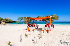 Wedding at white sandy beach of Chale Island