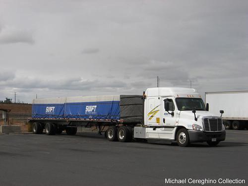 Swift trucking viewing gallery