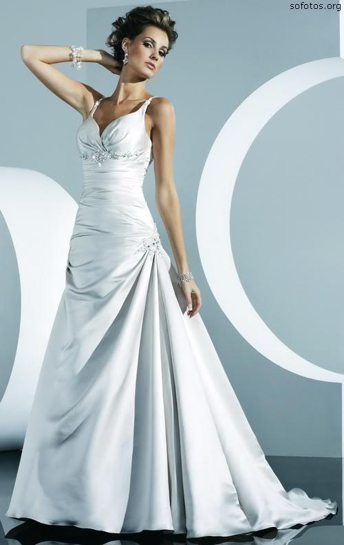 Vestido de noiva com alças