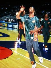 Gary Payton NBA Photos 1998 (Philip Osborne Photography) Tags: nba 1998 hornets charlotte photos medium format coliseum fuji ga645z garypayton seattlesupersonics