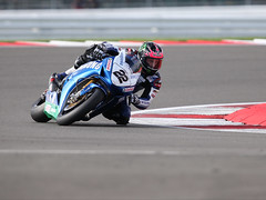 AB4T4637.JPG (TowcesterNews) Tags: england northamptonshire motorcycles bikes racing silverstone friday motorsports mce pirelli gbr britishsuperbikes towcester silverstonecircuit freepractice aboutmyarea southnorthants