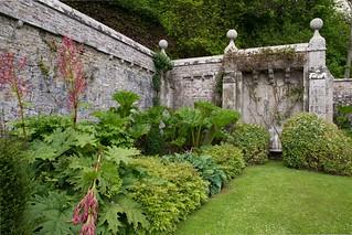 507-1231-Dunrobin-Garden-Wall