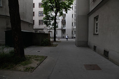 im Ferdinand Lassalle-Hof, Wien (LichtEinfall) Tags: wien dasrotewien lassallehof raperre imga0491lasalleeb1200