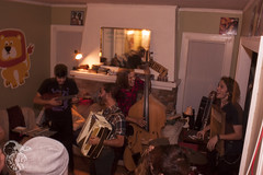 Wood Spider (street rat) Tags: show house canon saw amazing punk drum bass guitar folk michigan percussion band banjo accordion cello pirate acoustic grandrapids upright ukelele woodspider 50d streetrat ditgr thehouseofpancakes