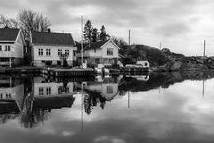 Korshamn høst (Steinskog) Tags: hus båt høst sjø korshamn