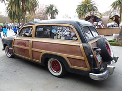 1949 Ford 'Laid-Back Garage' (bballchico) Tags: ford wagon woody 1949 stationwagon woodie grandnationalroadstershow2014 laidbackgarage