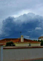 P1060397-chimenea (pelz) Tags: nubes chimenea torrevieja chimeneanubestorrevieja