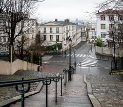 Escaliers de Montmartre (2) (jfgornet) Tags: paris pluie montmartre escaliers mg6000