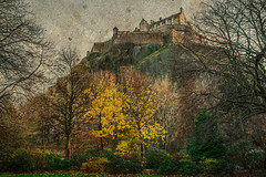 Castle (enara ibz) Tags: viaje castle canon edinburgh elena edimburgo castillo hdr texturas ibz enara theacademytreealley