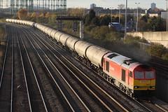 60017 oil tanks 6E41 washwoodheath (railways.2011) Tags: trains db class railways freight 60 ews 60017