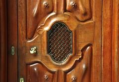 Wooden door details in Casa Batll by A. Gaudi - Barcelona (Sokleine) Tags: barcelona door architecture wooden spain interior details modernism catalonia unesco espana artnouveau gaudi porte espagne casabatllo unescoworldheritage barcelone bois catalogne catalanmodernism