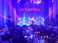 KT Tunstall performing