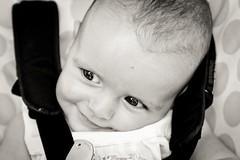 Martin (Igorza76) Tags: portrait bw baby white black blanco smile look eyes martin retrato negro bn ojos zb sonrisa mirada zuri haurra umea begiak beltz begirada umetxo irribarrea blackwhitephotos irri irribarre haurtxo