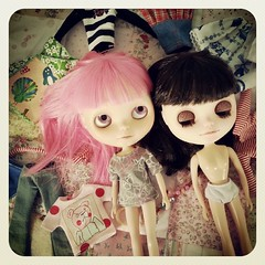 Holydays are dolly playtime :) Aaaand Andrea is going to get a new hair cut...